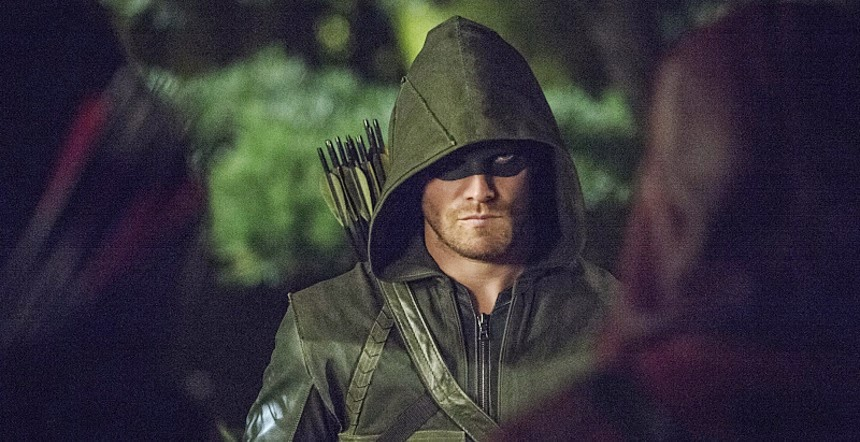 Stephen Amell Talks Potential GREEN ARROW Movie And Grant Gustin Not Starring In THE FLASH Movie