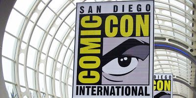 Warner Bros. TV Shows Off SDCC Swag and Announces IZOMBIE Blu-Ray Release Date