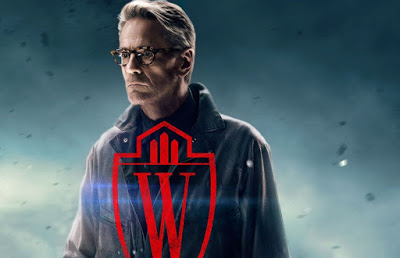 "Jeremy Irons Calls BATMAN V SUPERMAN: DAWN OF JUSTICE ""Overstuffed"" and ""Very Muddled"""