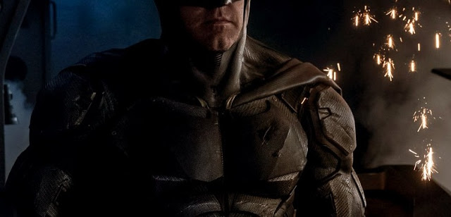 First Look at Batman's New Tactical Suit from JUSTICE LEAGUE