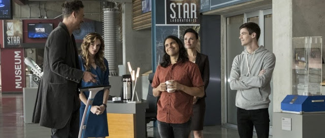 "FLASH SPOILER Review: Episode 3×10 – ""Borrowing Problems From the Future"""