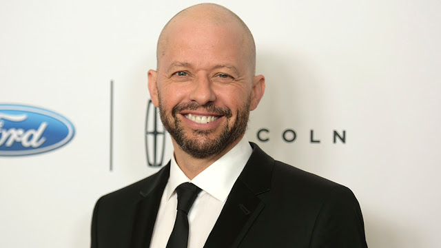 SUPERGIRL Casts Jon Cryer as Lex Luthor for Season 4